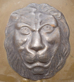 Lion belge (fabrication Fonson).