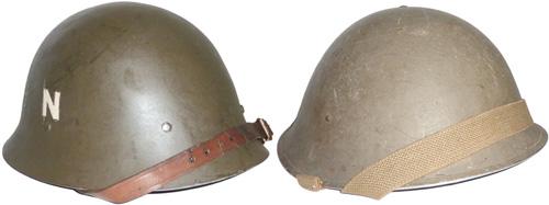 Casque anglais Mark III et casque modèle 26 de la police norvégienne en Suède